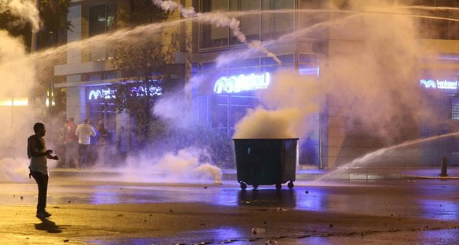 Protesters vowed to continue the anti-government demonstrations although police applied harsh measures to disperse them.