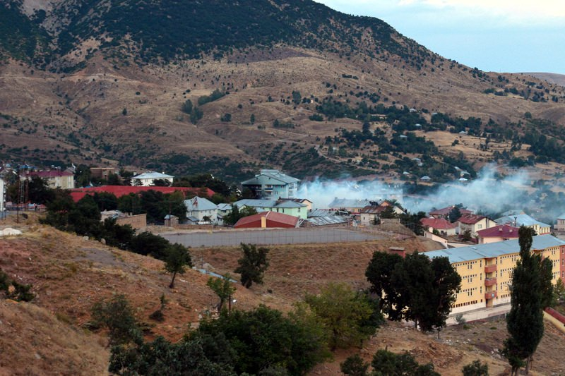 A police headquarters in southeastern Tunceli province came under attack by PKK terrorists, killing an officer on August 28, 2015. (AA Photo)