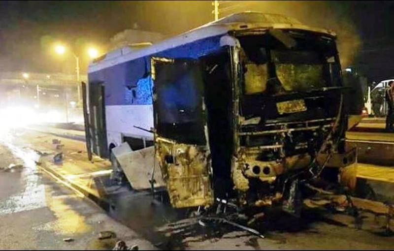 PKK terrorists bomb attack on police bus injures 24 on August 28, 2015. (DHA Photo)