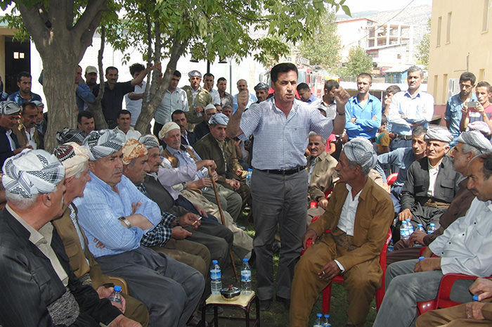 Gerdi tribe members release statement regarding recent PKK attacks in Turkey's southeastern Hakkari (DHA Photo)