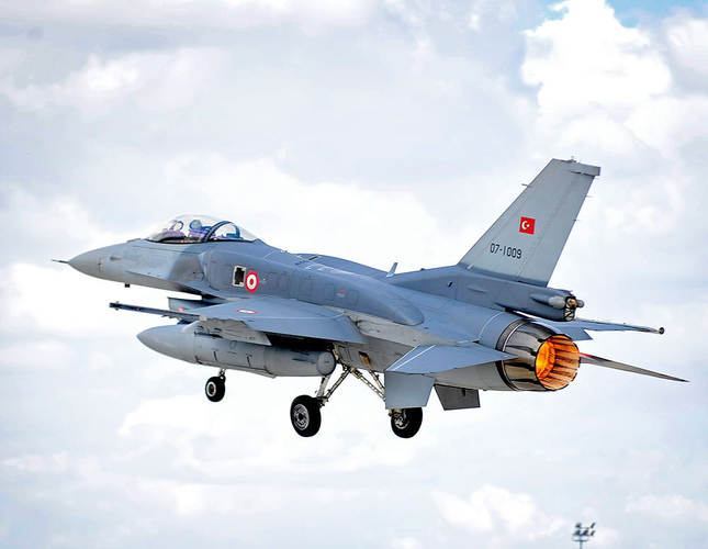 An F-16 Fighting Falcon of the Turkish Air Force (Türk Hava Kuvvetleri) takes off on a sortie from Third Air Force Base Konya, Turkey during Exercise Anatolian Eagle. (Photo: Sabah)