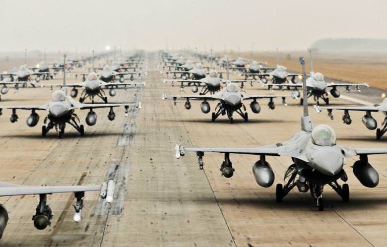 A picture downloaded from the US air force website shows F-16 Fighting Falcons Kunsan Air Base, on 2 March 2012.  (AFP Photo))