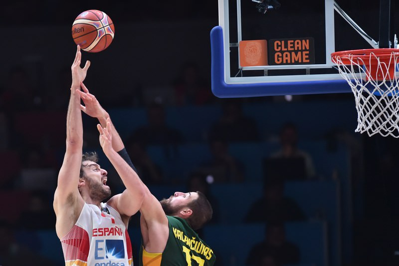 Spain was crowned FIBA EuroBasket 2015 winner on Sunday, after beating Lithuania 80-63 in the final. (AFP Photo)