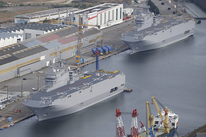 Two Mistral-class helicopter carriers are seen at the STX Les Chantiers de l'Atlantique shipyard site in Saint-Nazaire, France, on May 25, 2015 ( Reuters Photo)