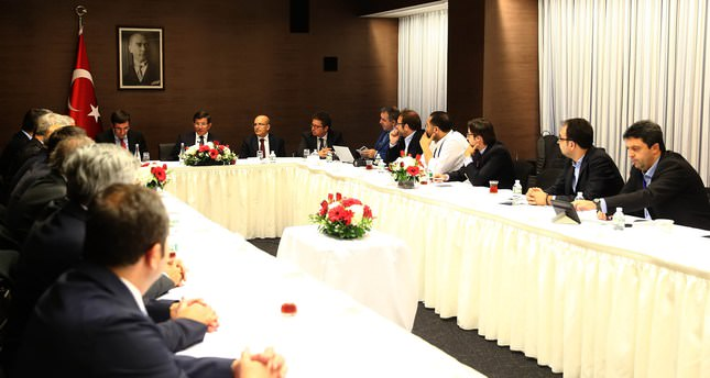 Prime Minister Davutoğlu met with Turkish journalists accompanying him during his visit to New York to attend this week's U.N. summit. Daily Sabah's Editor-in-Chief Serdar Karagöz second from right.