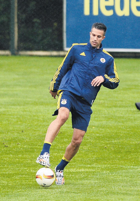 Robin van Persie has yet to score a UEFA Cup or UEFA Europa League goal in 11 appearances.