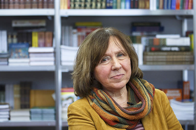 Belarussian writer Svetlana Alexievich is seen during a book fair in Minsk, Belarus, in this February 8, 2014 file photo (Reuters Photo)