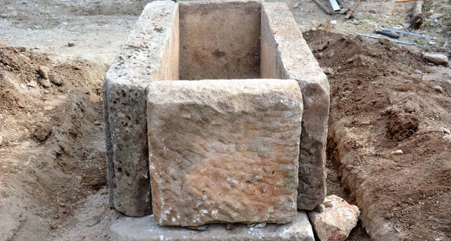 12 gladiator tombs to be displayed in Muğla