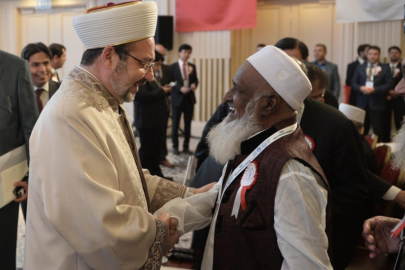 Mehmet Gu00f6rmez (left) welcomed clerics from Asian and Pacific countries at the summit that brings together religious leaders from countries ranging from Afghanistan to Australia.