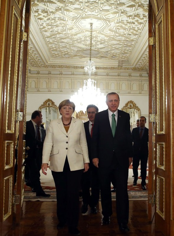Erdou011fan and Merkel, during their meeting on how to deal with the Syrian refugee crisis