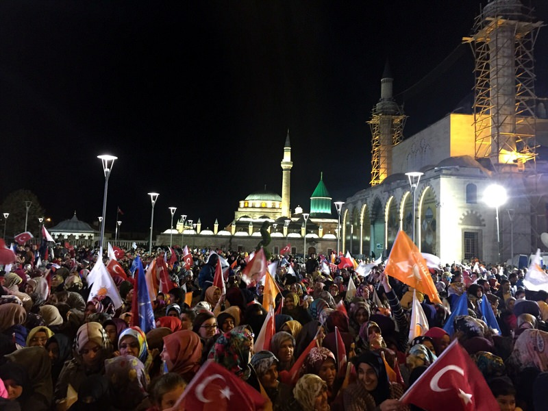 AK Party supporters gather in Mevlana Square, Konya to celebrate their party's victory in the November 1 polls. (AA Photo)