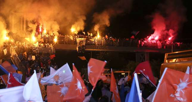 AK Party supporters gathered outside the party's headquarters in Antalya province to celebrate the Nov. 1 election victory DHA Photo