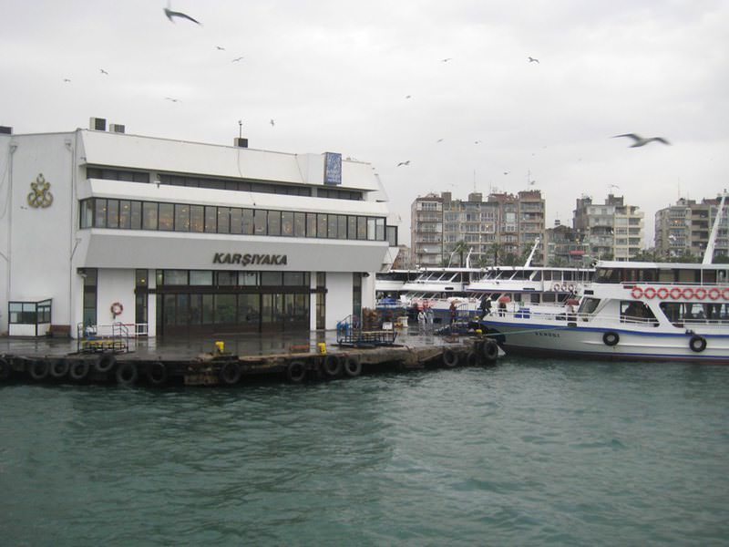 Photo shows the pier of Karu015fu0131yaka in Izmir, the city known as the ,Pearl of the Aegean, in Turkey. (File Photo)