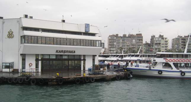 Photo shows the pier of Karşıyaka in Izmir, the city known as the Pearl of the Aegean in Turkey. (File Photo)