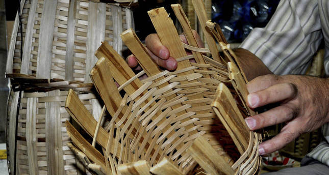 ISIS threatens Iraqi basketry sector