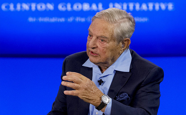 Billionaire hedge fund manager George Soros speaks during a discussion at the Clinton Global Initiative's annual meeting in New York, September 27, 2015. (Reuters Photo)