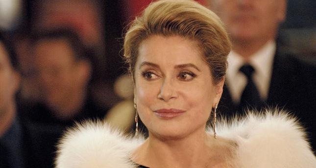 Catherine Deneuve honorary guest at Antalya Film Fest