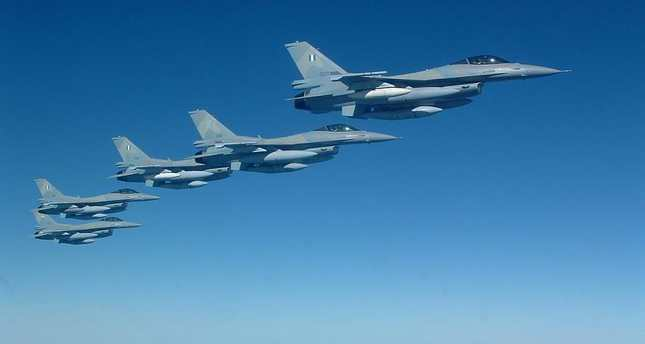Four Greek fighter jets violate Turkish airspace