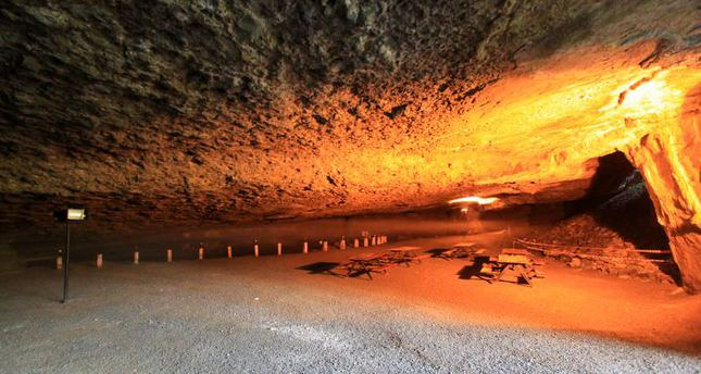"""thanatourism dark tourism Av seaton developed a similar label to dark tourism in his definitive article, from thanatopsis to thanatourism: guided by the darkin it, he describes thanatourism as being, """"…travel to a location wholly, or partially, motivated by the desire for actual or symbolic encounters with death, particularly, but not exclusively, violent ."""