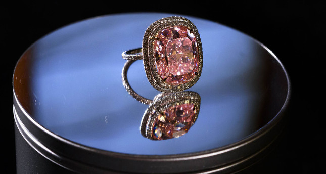 Pink diamond ring sells for $28.5 million at Geneva auction