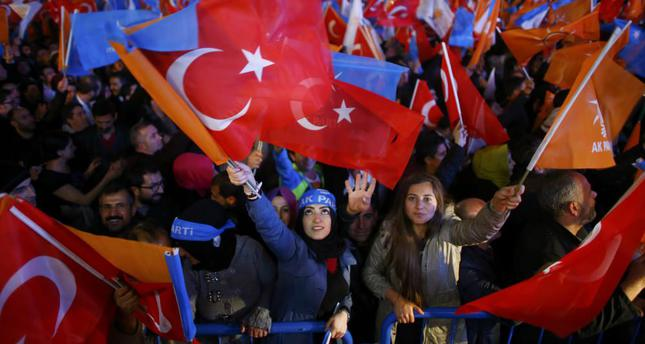 Survey: Support for AK Party at 54 pct, HDP below threshold