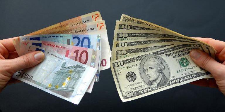 Euro gegen Dollar