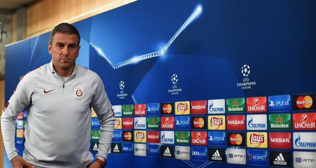 Galatasaray's coach Hamza Hamzaoglu leaves after a press conference at Luz stadium in Lisbon on November 2, 2015. (AFP Photo)