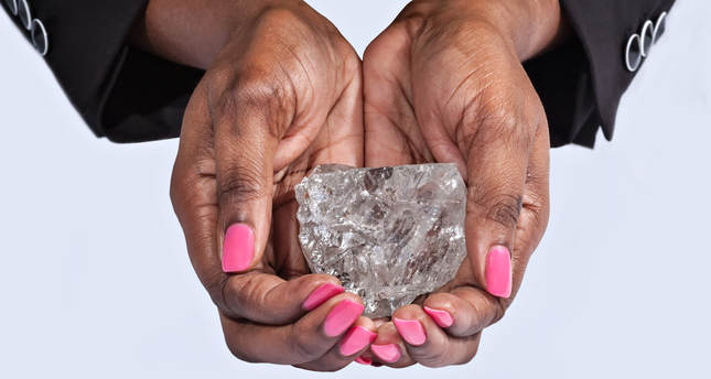The stone measures 65mm x 56mm x 40mm in size and is the largest ever to be recovered in Botswana. AA Photo