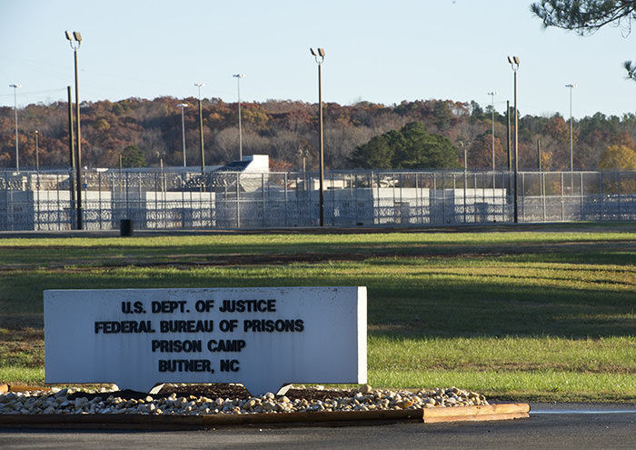 A sign is seen outside of the Butner Federal Correctional Complex on November 20, 2015 in Butner, North Carolina. (AFP Photo)