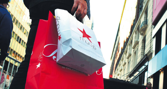 Consumer spending, which drives about two-thirds of the activity in the US economy, rose 3.0 percent in the third quarter, instead of the 3.2 percent previously estimated.