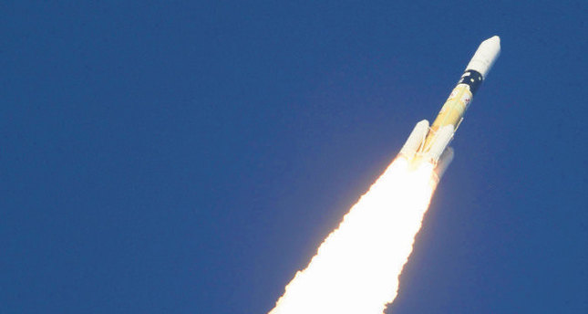 Japan puts its  first commercial satellite into space
