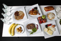 The daily meal intake of Turkish javelin thrower and Olympic hopeful Fatih Avan, 23, is pictured in Ankara May 29, 2012. (REUTERS Photo)