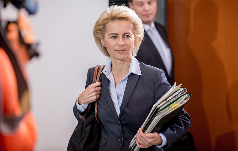 German Defence Minister Ursula von der Leyen before the German Federal Govenment Cabinet meeting in Berlin, Germany, 01 December 2015 (EPA Photo)