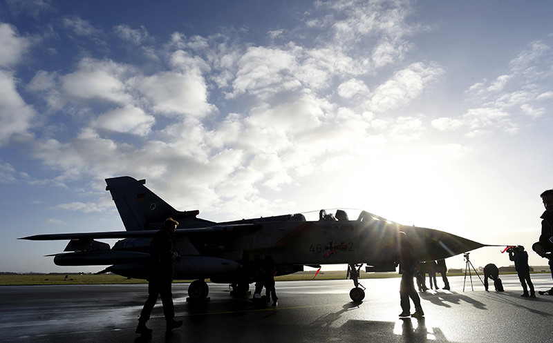 A Tornado aircraft is pictured during a presentation at German army Bundeswehr airbase in Jagel near the German-Danish border, December 4, 2015 (Reuters photo)