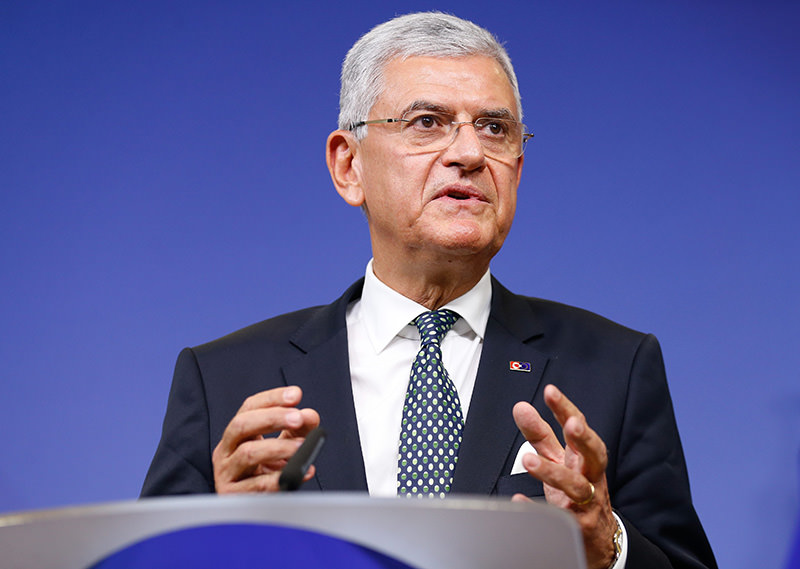 Turkish Minister for EU Affairs and Chief Negotiator Volkan Bozku0131r attends a press conference at the European Commission in Brussels, Belgium, 03 December 2015 (EPA photo)