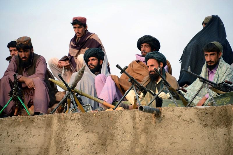 Afghan Taliban fighters (AFP Photo)