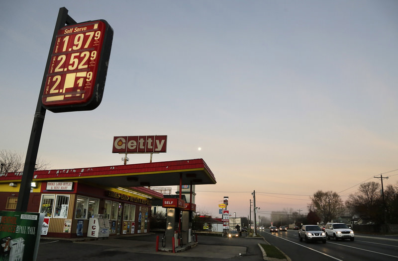 The price of unleaded regular gas is $1.979 at a gas station in Newark, Del., Friday, Nov. 27, 2015.  (AP Photo)