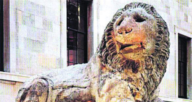 The Lion of Knidos (Top) was taken out of its original site, Datça, by British officer and archaeologist Sir Charles Newton in 1855 on a battleship. Currently, the sculpture is situated on the entrance of the British Museum.