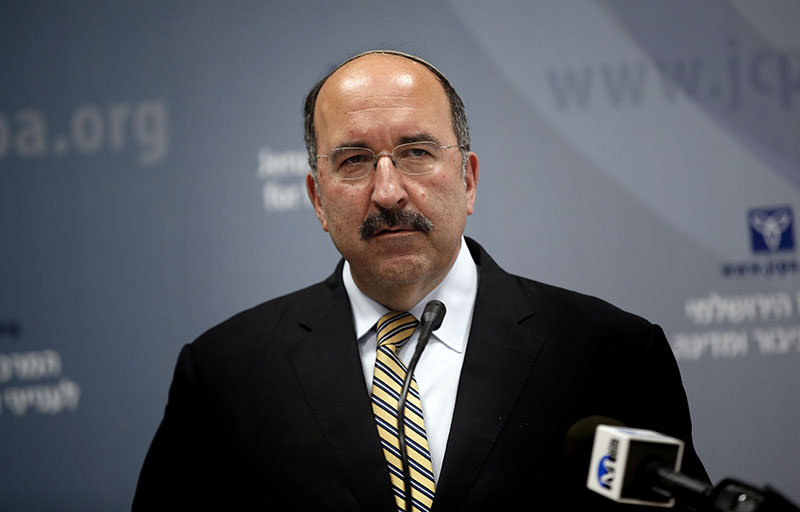 Dore Gold delivers a speech on June 1, 2015, in Jerusalem during a conference (AFP photo)