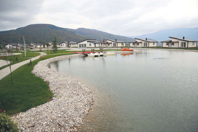 The first Arab-funded resort recently opened in Osenik, 50 kilometers south of Sarajevo, with 160 individual houses and apartments built around an artificial lake.
