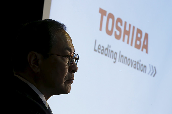 Toshiba Corp President and CEO Masashi Muromachi attends a news conference at the company headquarters in Tokyo, Japan, December 21, 2015 (Reuters Photo)