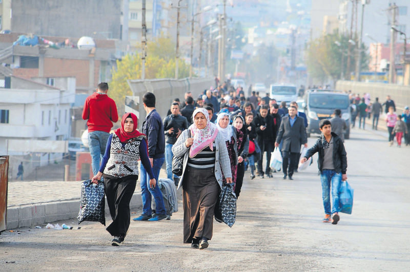 People are fleeing southeastern u015eu0131rnak province after intense clashes between security forces and PKK terrorists.