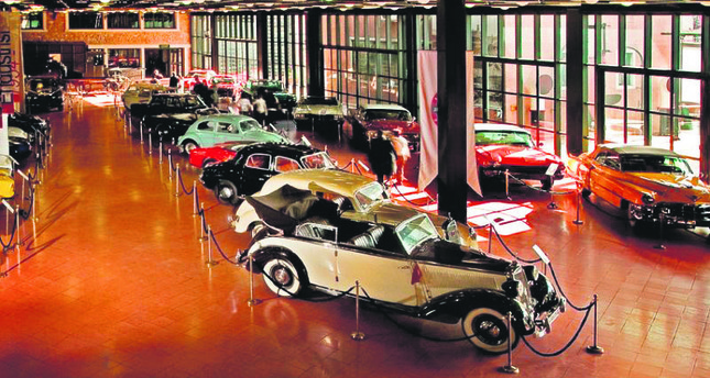 Take A Trip Down Memory Lane At Istanbuls Classic Car Museums - Classic car museum