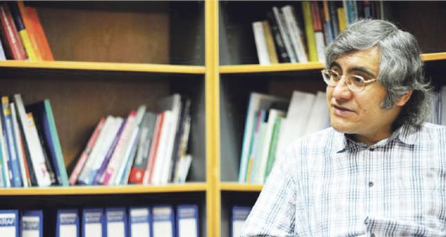 Professor Dr. Oktay Tanrısever Photos by Emre Şenoğlu
