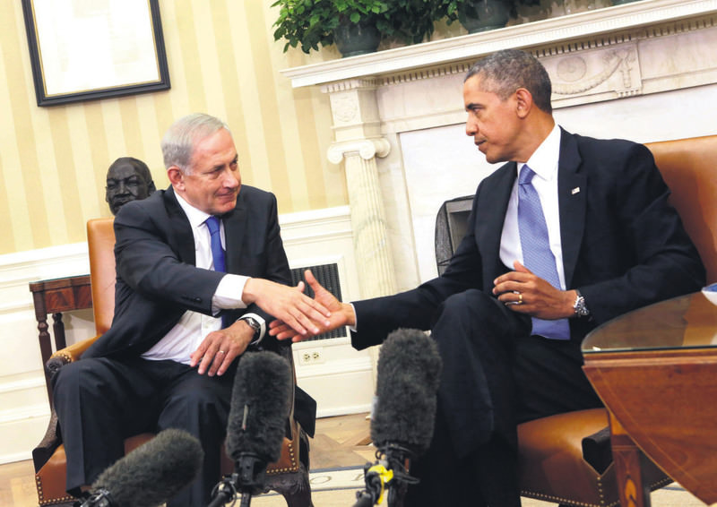 Israeli Prime Minister Netanyahu (L) and  U.S. President Obama meet in the Oval Office of the White House after a bilateral meeting in Washington  in 2013.