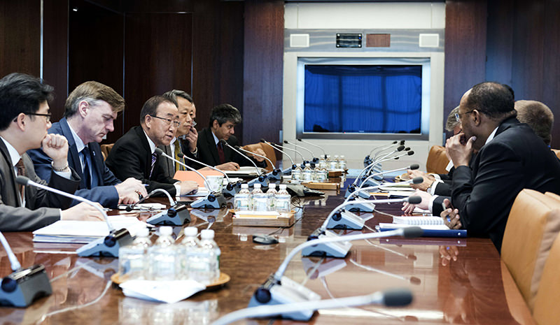 United Nations handout photo, UN Secretary-General Ban Ki-moon (3rd-L) holds a emergency meeting with senior advisors to discuss the latest developments in North Korea (AFP Photo)