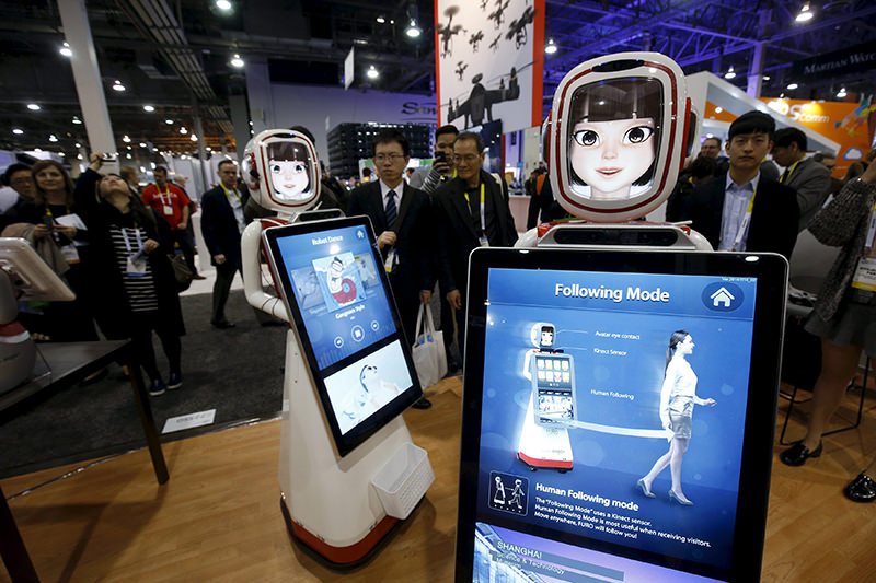 Robots by South Korean-based Future Robot are shown during the 2016 CES trade show in Las Vegas, Nevada January 8, 2016. (REUTERS Photo)