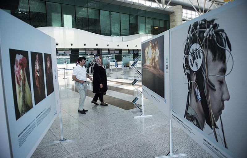 The winning photos of the 2014 u0130stanbul Photo Awards were displayed in Ankara Esenbou011fa Airport. (AA Photo)
