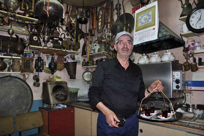 Halim Balta has been working at the tea house of the historical Ru00fcstem Pau015fa Besteni, a covered bazaar, for many years.   He dreams of establishing a private museum to display the antiques that he has collected over the past 35 years.
