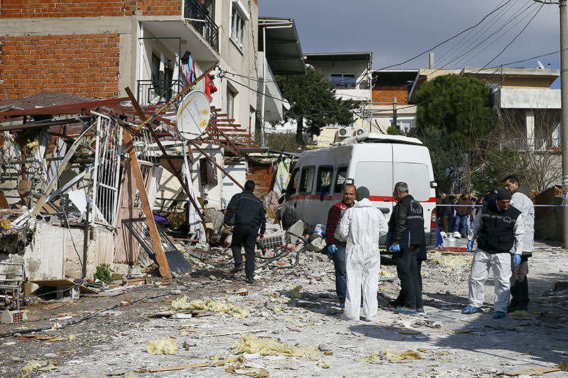 Scene of the explosion in u0130zmir (AA photo)